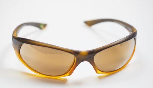 サングラスの選び方~運転用サングラスはどうやって選ぶ?人気の偏光サングラス、可視光線透過率とは?