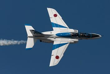松島基地復興感謝イベント2016でブルーインパルスの展示飛行!航空自衛隊のアクロバットショーに大興奮