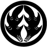 丸に抱き鹿角紋