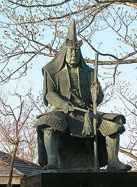 上杉謙信の銅像画像