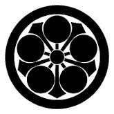 丸に剣梅鉢紋