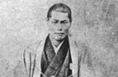 近藤勇の家紋「丸に三つ引き両紋」と生涯|斬首に散った新選組局長
