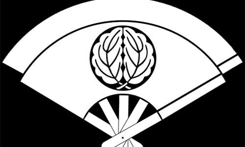 [歌舞伎]音羽屋の家紋「重ね扇に抱き柏」を解説!代表的な主な名跡・役者まとめ