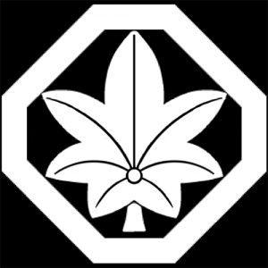 [歌舞伎]瀧野屋の家紋「隅切り角に一葉紅葉」を解説!代表的な主な名跡・役者まとめ