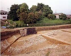 栗塚古墳からはたくさんの埴輪が出土!解説とアクセス・周辺おすすめランチまとめ