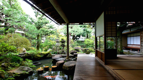 野村さんの家紋「捻じ四つ目」!|加賀藩の野村家は武家屋敷として一般公開