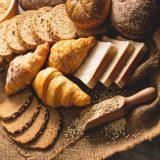 パンの白カビは取れば食べられる?黒カビの見分け方・冷蔵や冷凍でカビ防止!